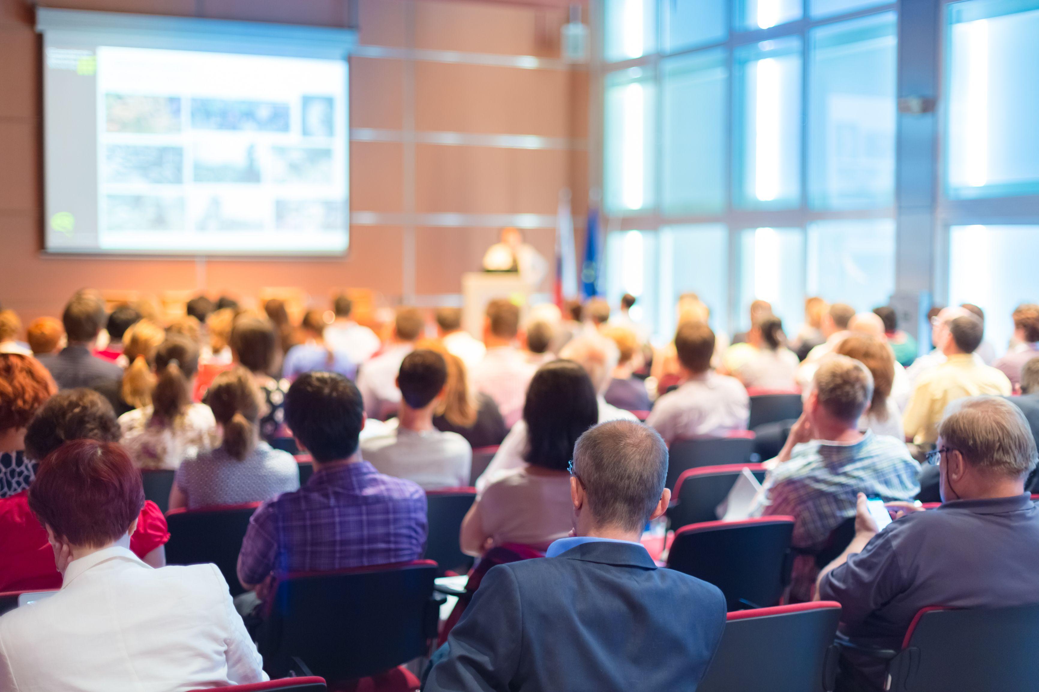 Projektmanagement-Konferenzen bieten viele Informationen